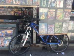 Bicicleta e quadrinho