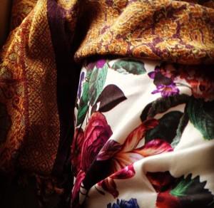 Mistura de tecidos e estampas